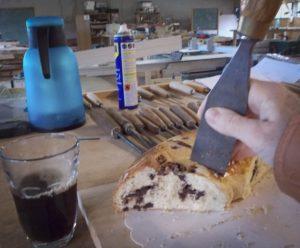 Prise en main des outils : la découpe de la pogne au fermoir