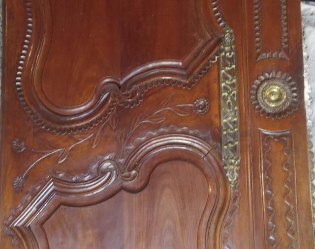 Armoire malouine porte
