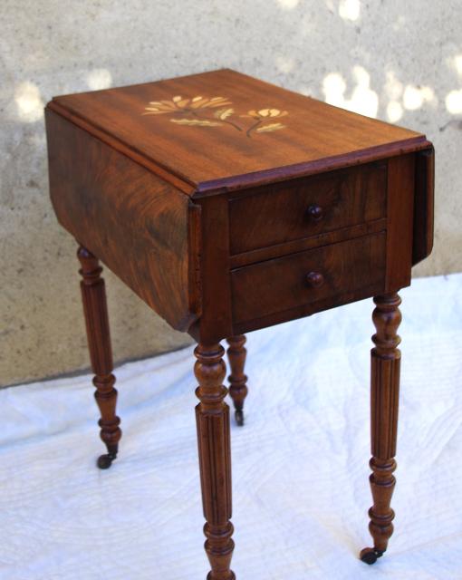 Table de chevet Louis-philippe relookée