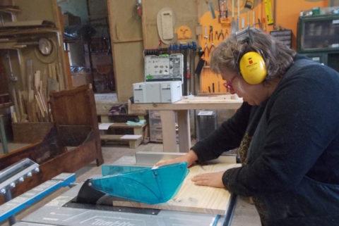 Stage à l'atelier, utilisation de la scie circulaire sur table